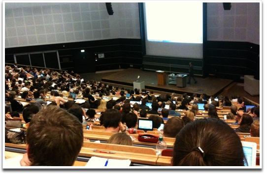 Studium-Uni-Siegen-Audimax.jpg
